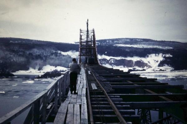 Sealislandbridge1951