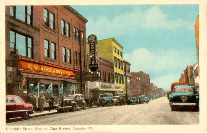 Caperpics old photos and memories of cape breton nova for Classic house follow me